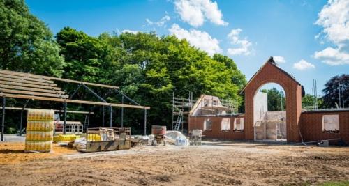 Entreprenør og murer arbejde udføres på villa i Heerup, mellem Holstebro og Viborg